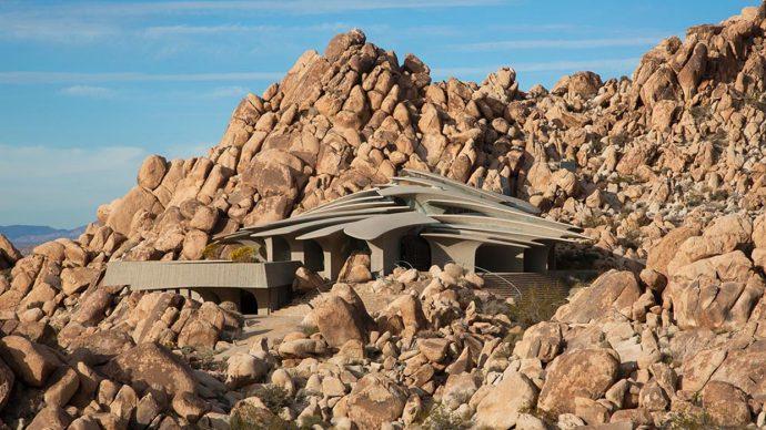 Жить не как все: 7 необычных домов вдали от цивилизации