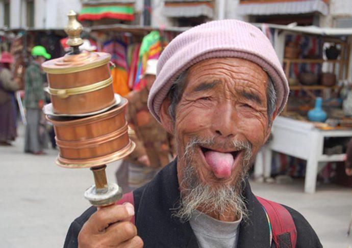 Как здороваются в Тибете