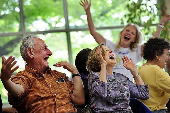 Смех препятствует депрессии