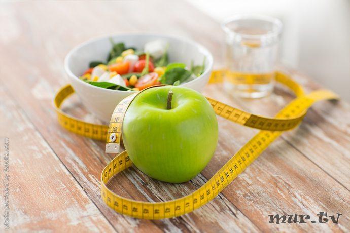 Здоровый завтрак - яблочко