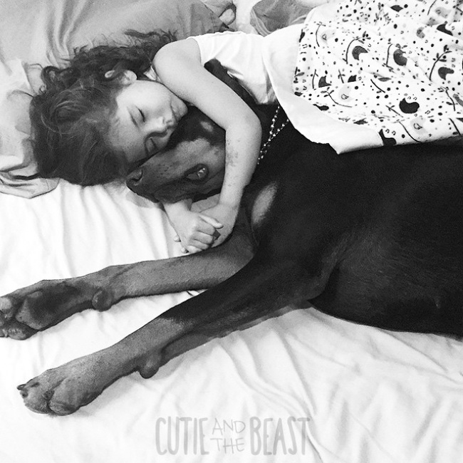 1158660-R3L8T8D-650-cutie-and-the-beast-dog-girl-seana-doberman-100