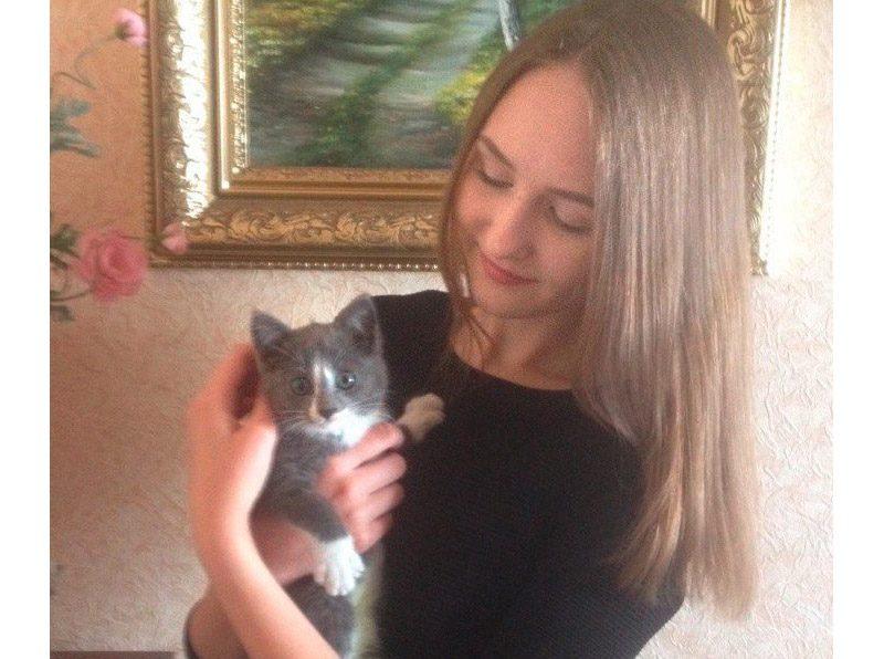 Он из последних сил просил о помощи! Девушка спасла котенка, просидевшего в ловушке 3 дня... рис 5