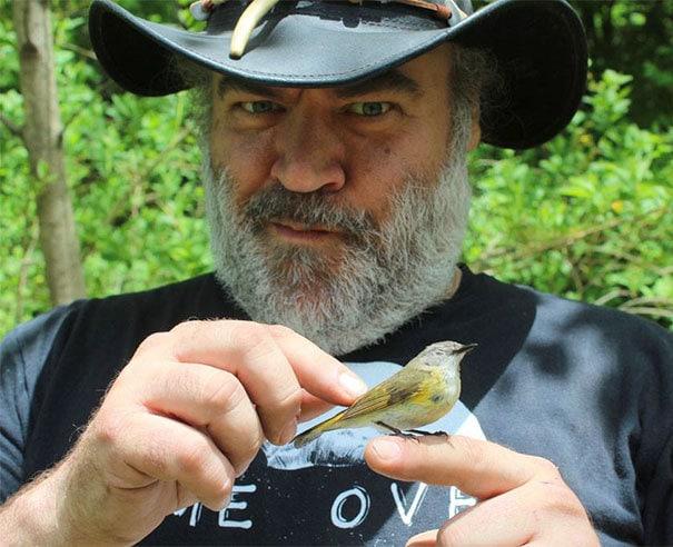 real-life-disney-princesses-people-meeting-feeding-wild-animals-birds-105-59fc2302c4a91__605