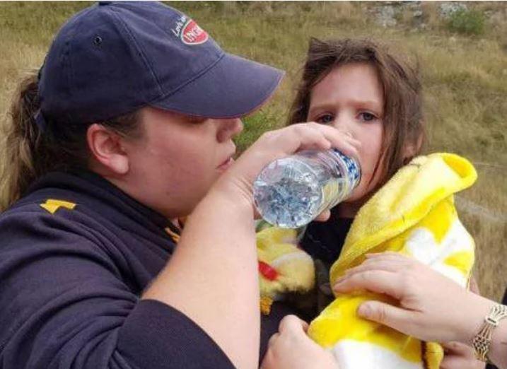 """Слепой пёс породы """"голубой хилер"""" спас девочку! Малышка заблудилась в горах дождливой ночью... рис 5"""