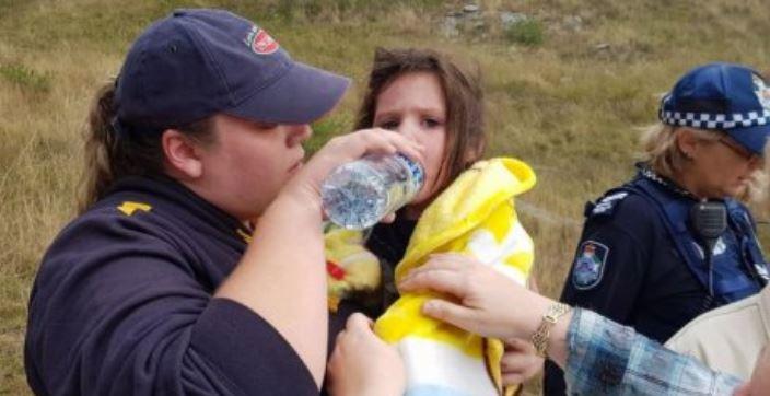 """Слепой пёс породы """"голубой хилер"""" спас девочку! Малышка заблудилась в горах дождливой ночью... рис 2"""
