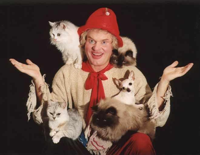 """""""Он даже спрятаться не мог!"""" Питерский цирк приехал в село и показал такое """"шоу"""", что зрители с криками разбежались! рис 2"""