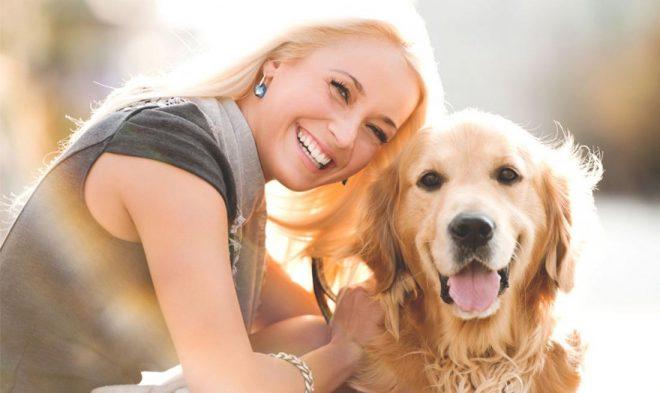 пес и женщина